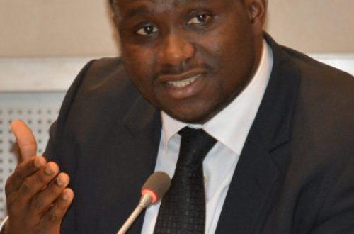 Article : Droit de réponse à la tribune d'un ministre (Moustapha NAÏTE)